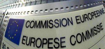 H ετεροχρονισμένη προειδοποίηση της Κομισιόν, για τη μη βιωσιμότητα του ελληνικού χρέους.